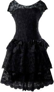 Balenciaga, vestido de encaje color negro. Museo Balenciaga