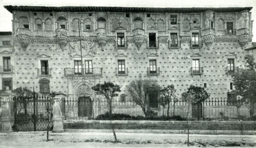 Guadalajara. Fachada del palacio del duque del Infantado. Guadalajara.