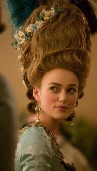 "Keira Knightley como la duquesa de Devonshire en ""La duquesa"" (Saul Dibb,  2008)."