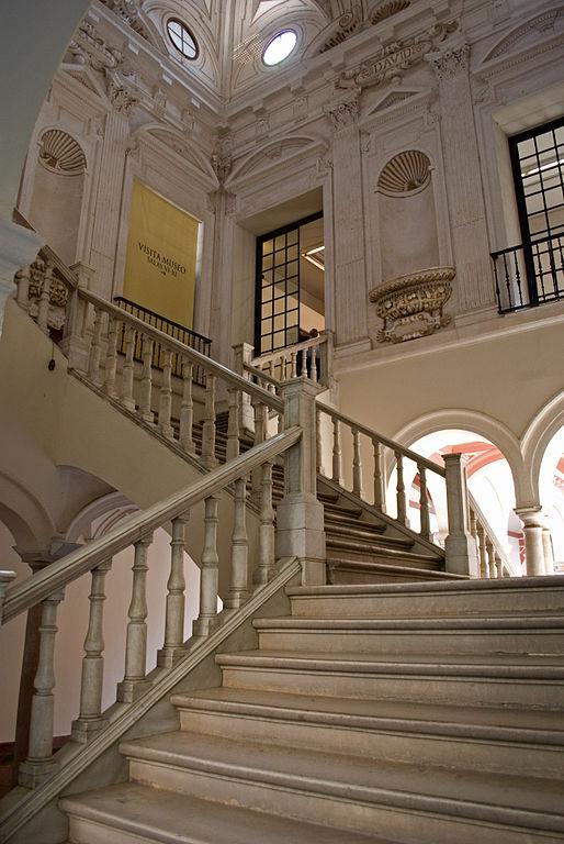 Escalera principal del Museo de Bellas Artes de Sevilla, antiguo convento de la Merced. Siglo XVII.