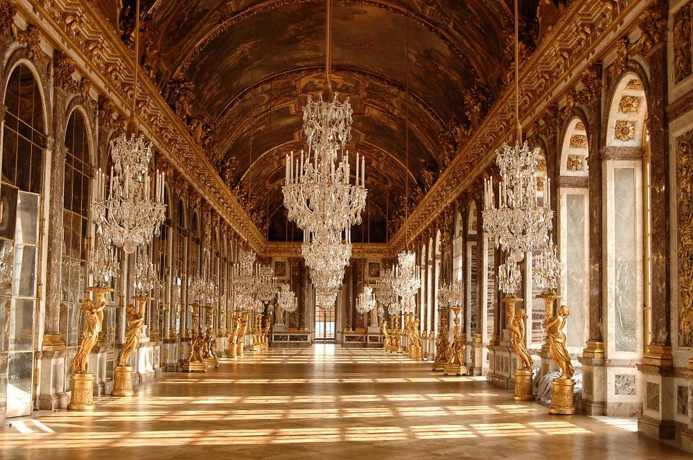J.H. Mansart y Charles Lebrun. Galería de los Espejos. Hacia 1678. Palacio de Versalles.