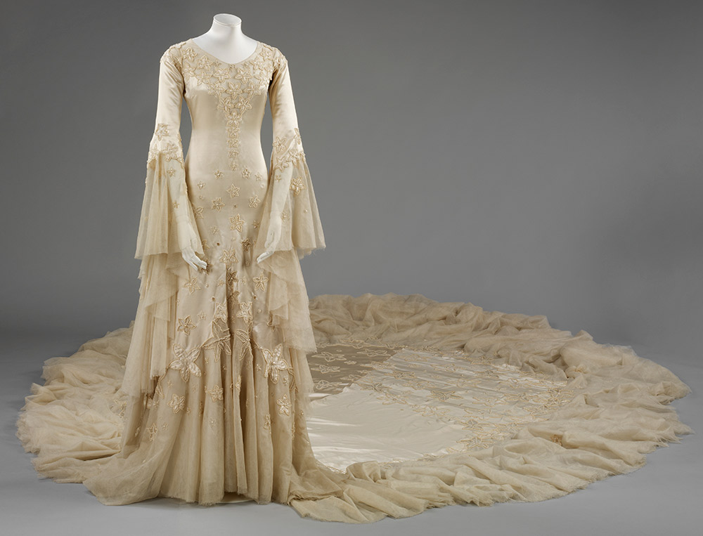 Norman Hartnell. Vestido de novia de la duquesa de Argyll. 1933.