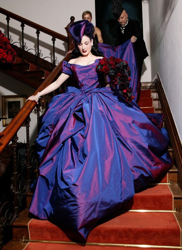 Vivian Westwood. Vestido de novia de Dita Von Teese. 2005.
