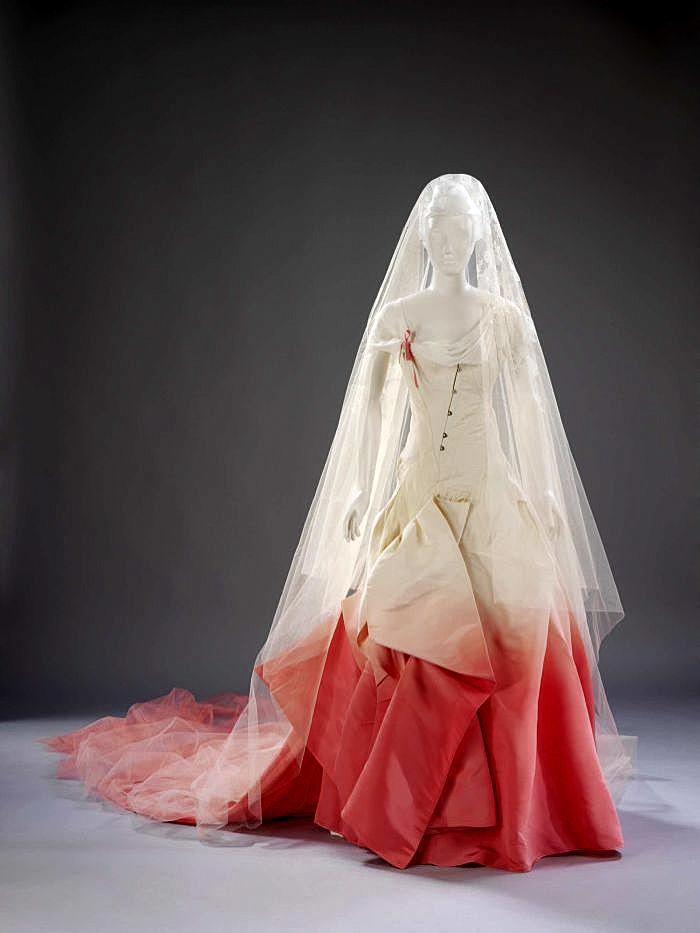 John Galliano. Vestido de novia de Gwen Stefani. 2002.