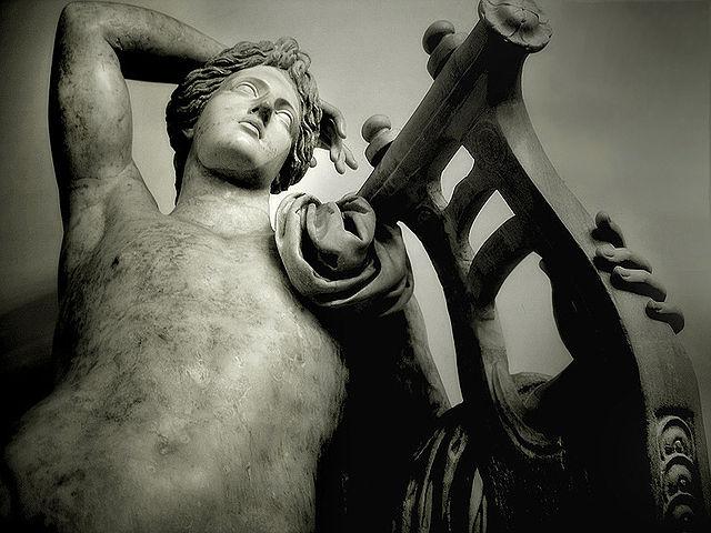 Apolo citaredo. Museos capitolinos. Roma