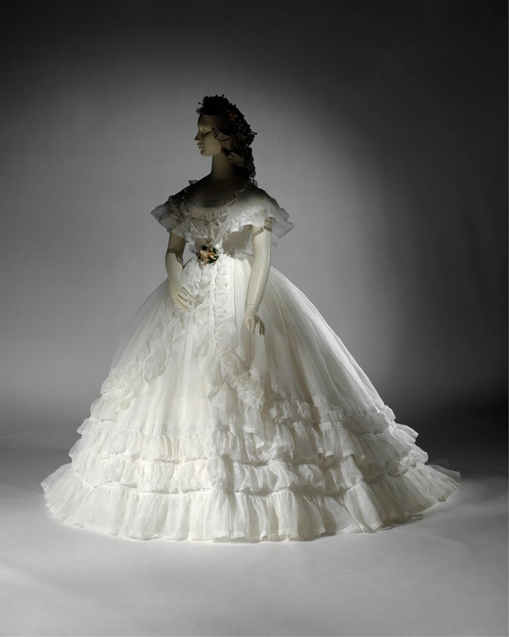 Vestido de novia. Francia. 1864. Metropolitan Museum. Nueva York.