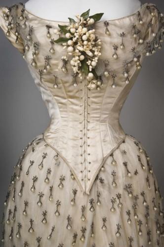 Vestido de novia. 1887. Detalle. Cincinnati Art Museum.