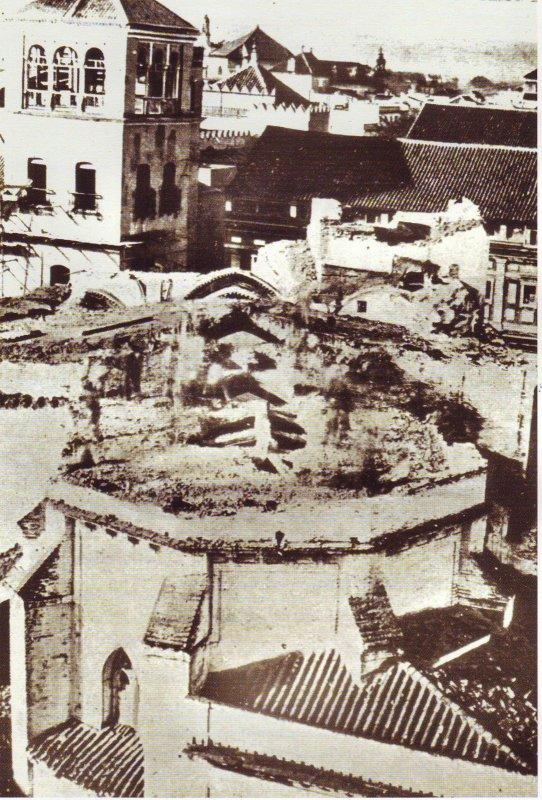 Derribo de la iglesia de San Miguel, 1868.