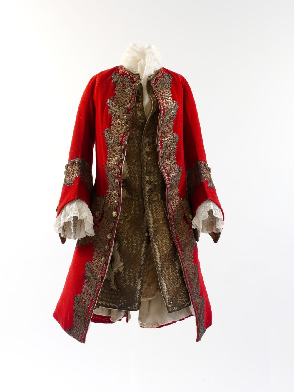Traje masculino. Probablemente francés. Hacia 1730. Metropolitan Museum. Nueva York.