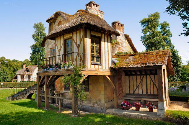 800px-Moulin_au_Hameau_de_la_Reine_(6)