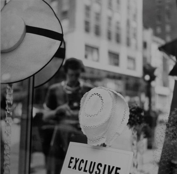 Vivian Maier. New York, NY, 1954. Gelatina de plata. 30,5 cm x 30,5 cm