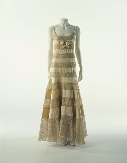 Chanel. Vestido de noche. Años 30. Instituto de la Moda. Kyoto.