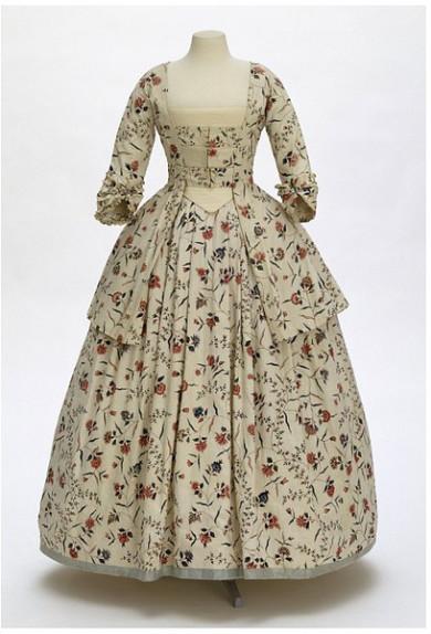 Algodón. Vestido de algodón estampado. 1770-1780. Victoria y Alberto.