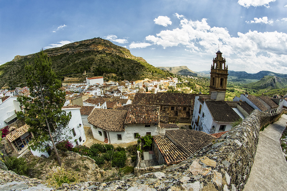 Vista de Chulilla desde el castillo.