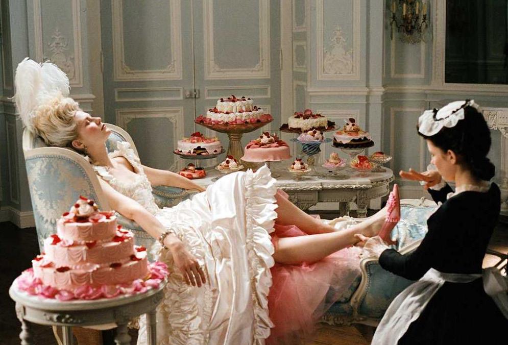 Escena de la pelicula Marie Antoinette de Sofia Coppola. 2006.