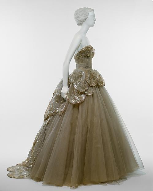 Venus. Colección otoño:invierno. 1949-1950. Metropolitan Museum. Nueva York.