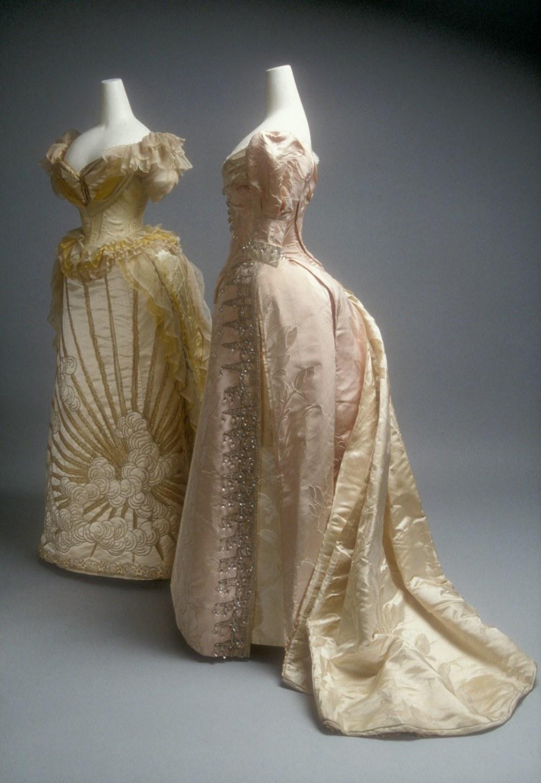 Jean-Philippe Worth. Vestido de baile. Hacia 1892. Metropolitan Museum. Nueva York.
