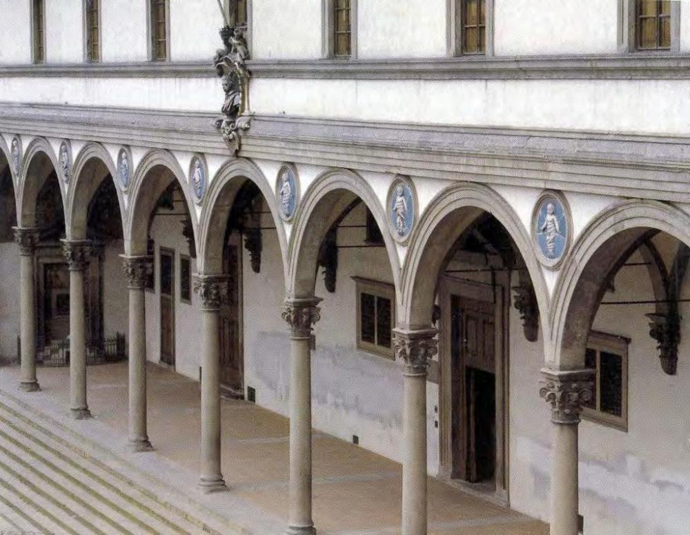 Filippo Brunelleschi. Fachada del Hospital de los Inocentes. 1419. Florencia.