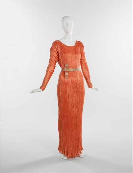 Mariano Fortuny. Delphos. Hacia 1930. Metropolitan Museum. Nueva York.