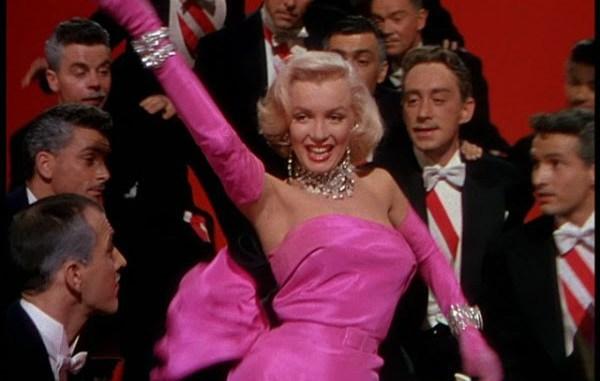 Howard Hawks. Los caballeros las prefieren rubias. 1953.