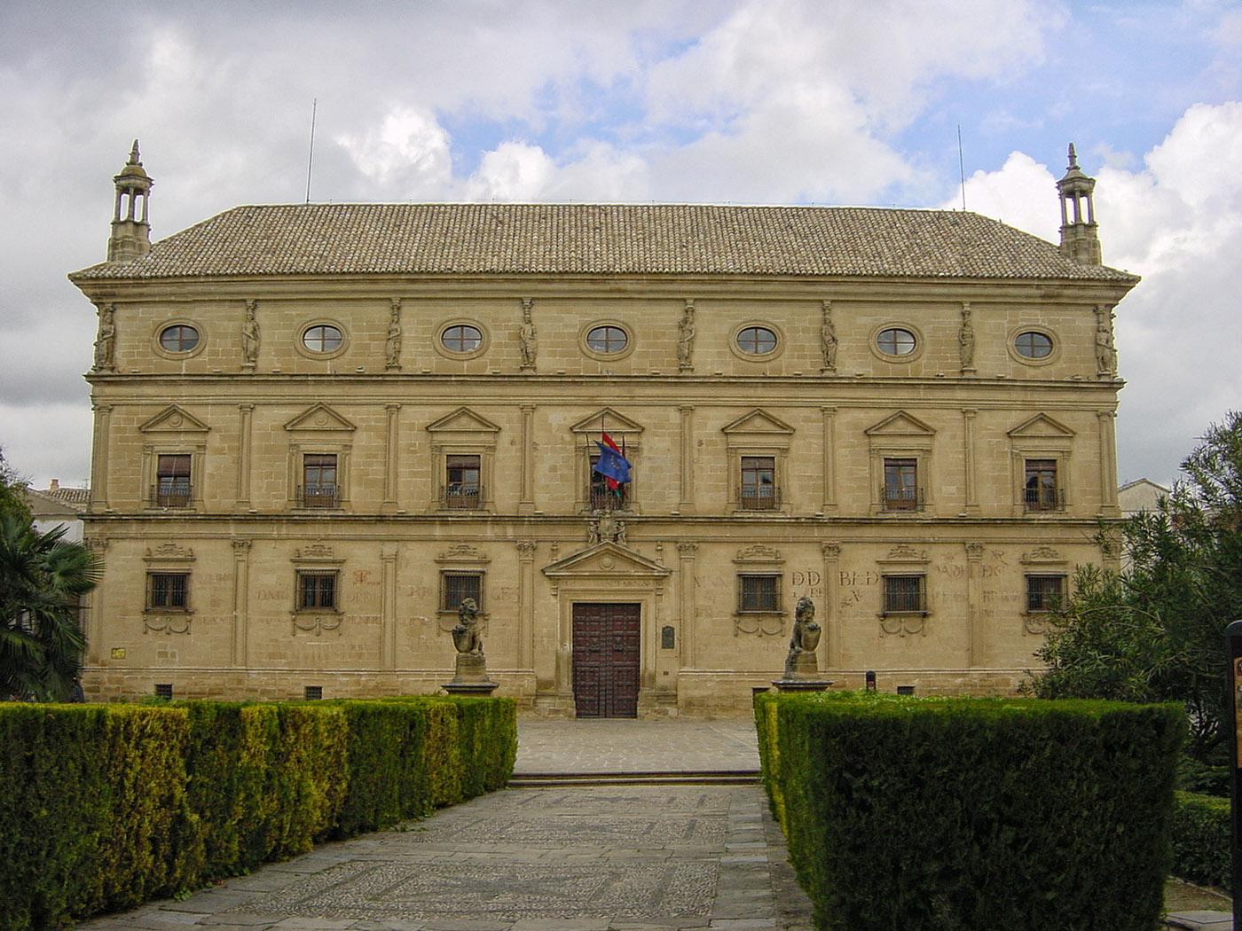 Palacio de las Cadenas.