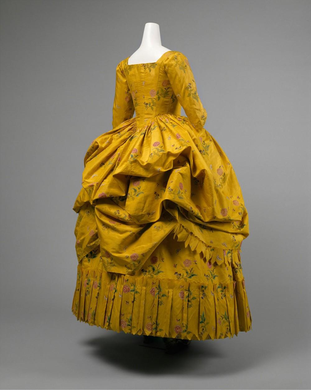 """Vestido """"a la polonesa"""". Hacia 1780-1785. Metropolitan Museum. Nueva York."""
