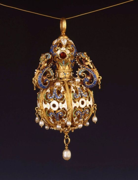 Pomada. Alemania. Principios del siglo XVII. Burghley Collections. Burghley House. Stamford. Inglaterra.