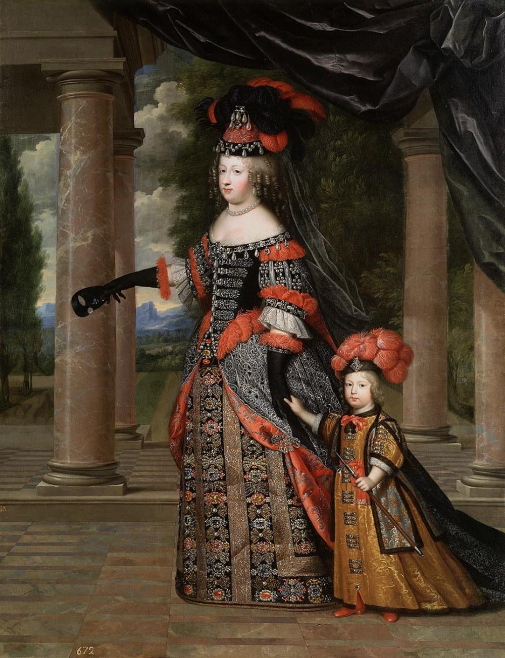 Charles Beaubrun. La reina María Teresa y su hijo el delfín de Francia en traje polaco. Hacia 1663. Luis XIV contrajo matrimonio con su prima hermana María Teresa de Austria en 1660. La pareja seis hijos aunque solamente el mayor conocido como Luis, el Gran Delfín, llegó a la vida adulta, los cinco restantes fallecieron en la infancia.
